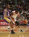 NBA图:常规赛火箭VS湖人 麦迪突破科比