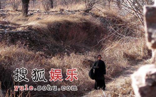 《刺马》片场李连杰冻哑 徐静蕾瑟瑟发抖(组图)