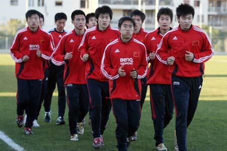 南勇强调团结和斗志 中国国奥学习《亮剑》精神