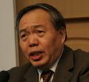 中共中央政策研究室副主任郑新立作大会主旨演讲
