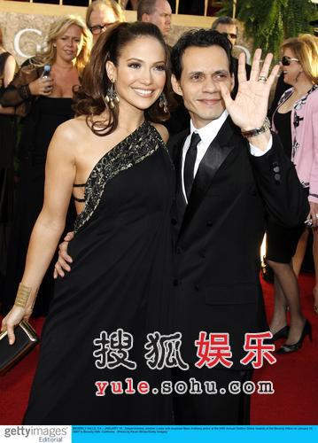 快讯:詹妮弗-洛佩兹与老公安东尼红毯秀恩爱