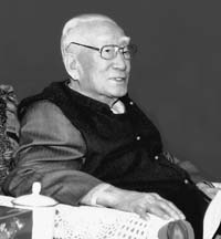 薄一波:党的抗日民族统一战线思想的成功实践