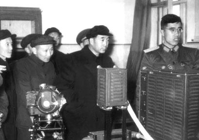 薄一波:新中国第一任财政部长