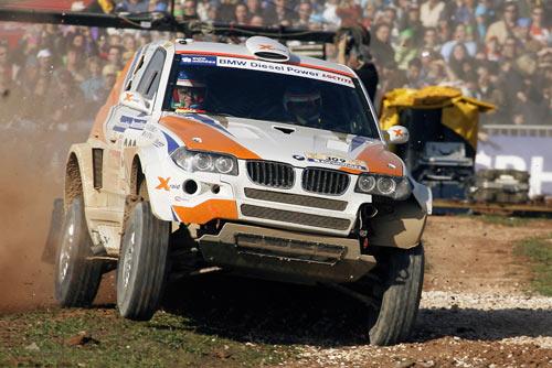 职业车手不敌门外汉 阿提耶首获达喀尔赛段冠军