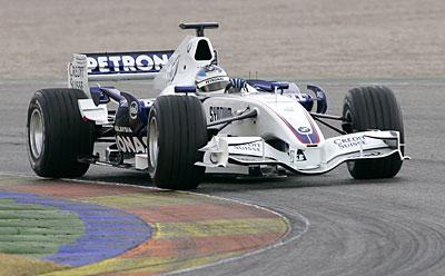 图文:宝马索伯F1.07 西班牙巴伦西亚试车(4)
