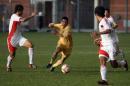 图文:国奥0-3摩纳哥青年队 摩队员个人能力较强
