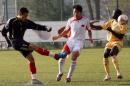 图文:国奥0-3摩纳哥青年队 王大雷大脚解围