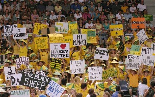图文:07澳网第四比赛日 澳大利亚的激情球迷