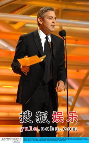 图:颁奖现场—型男乔治-克鲁尼任嘉宾
