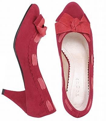 靓鞋:新款春鞋 蝴蝶结依然(4款)