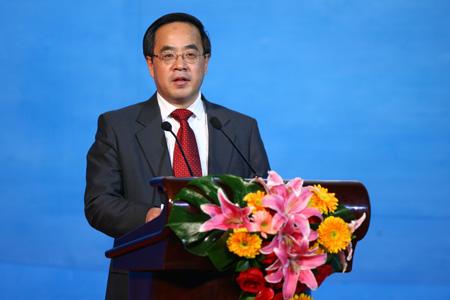 图文:京外赛会志愿者招募启动仪式 胡春华讲话