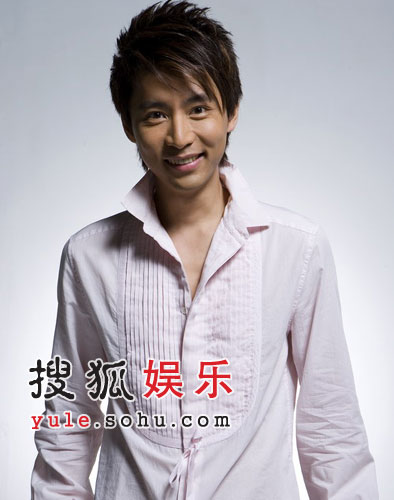 时尚主播王翰涛自创品牌TF 公开征集时尚设计