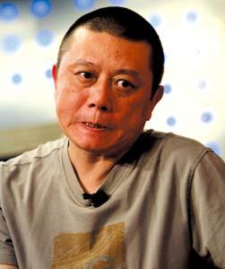 王朔称艺人沦为富人玩物 不信娱乐圈有潜规则