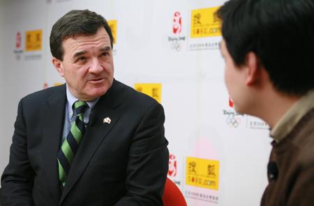 加拿大财政部长到访搜狐 畅谈中加贸易前景