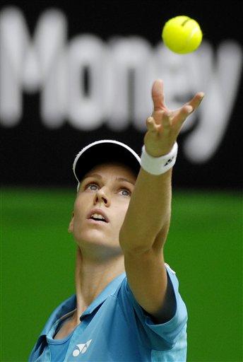 图文:07澳网第七比赛日 德娃大力发球