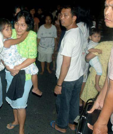[国际](2)印尼苏拉威西岛海域发生地震
