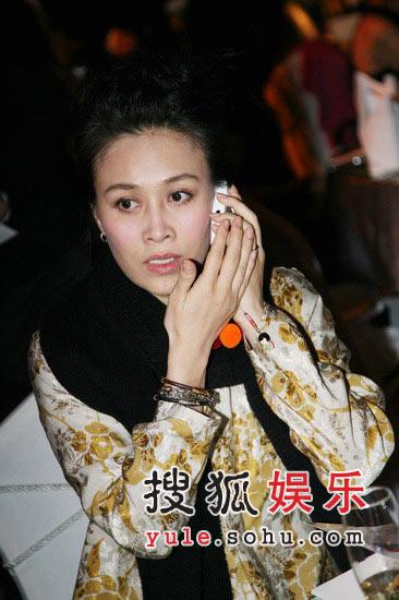 那英为儿拒春晚到日本过年 否认与刘欢一同献唱