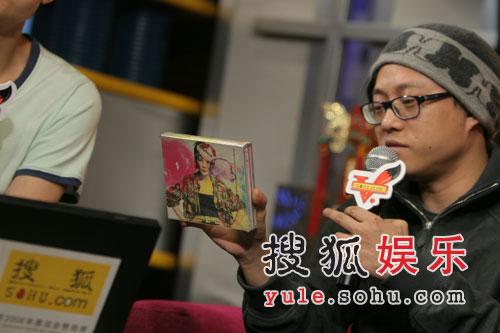 林夕爆王菲不再出专辑 称与王菲是没名分夫妻