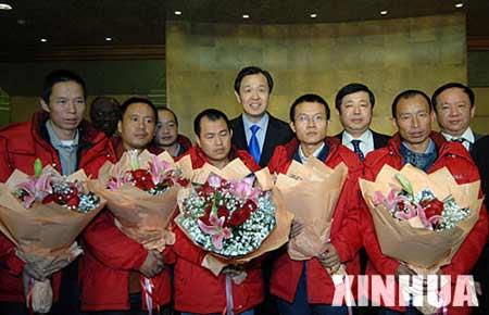 在尼日利亚被劫持中国工人抵达北京侧记(图)