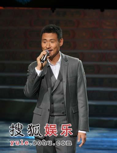 歌神张学友强势复出 文化部春晚大唱《如果爱》