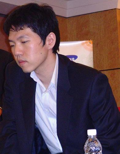 """李昌镐:我当记者也""""八卦"""" 输棋更能激发热情"""