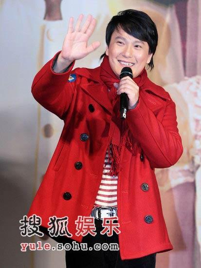张信哲《不完全恋人》首映 林俊杰高调捧师兄