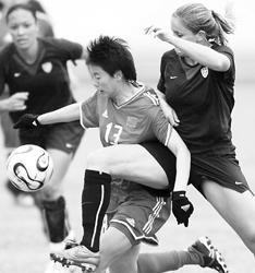中国女足热身不敌美国 仍然未摆脱逢美必败颓势