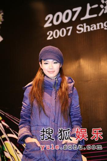真人秀模特赛拉序幕 于娜佟晨洁共忆成名史(图)