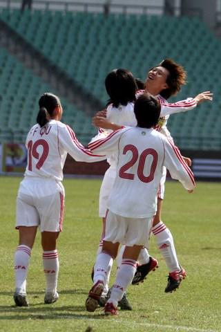 四国赛:张颖韩端携手破门 中国2-0胜英格兰