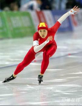 亚冬会速滑女子500米×2赛 王北星夺冠张爽摘铜