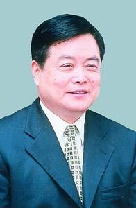 杜青林当选四川人大常委会主任 蒋巨峰当选省长