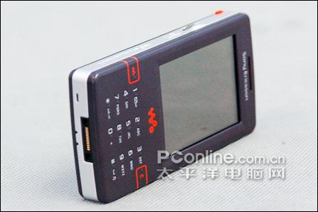 索尼爱立信W950