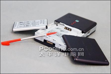 索尼爱立信W950+电池拆解