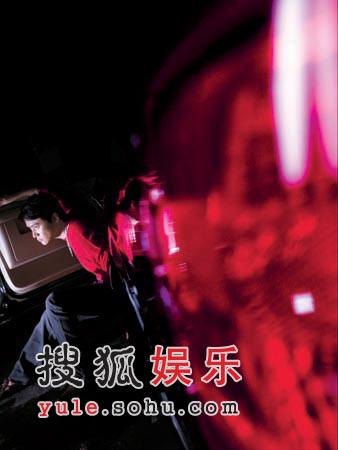 组图:陆毅最新名车名表写真 低调的华贵与性感