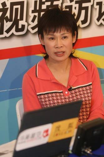 图文:叶乔波做客华奥搜狐 感叹速滑发展迅速