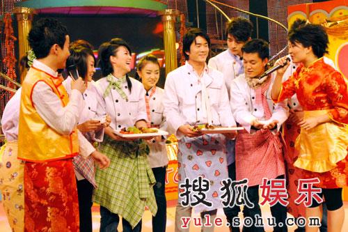 """湖南卫视""""快乐新年""""第三波 明星都来当大厨"""