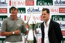 图文:迪拜高尔夫赛斯藤森夺冠 舒马赫到场祝贺