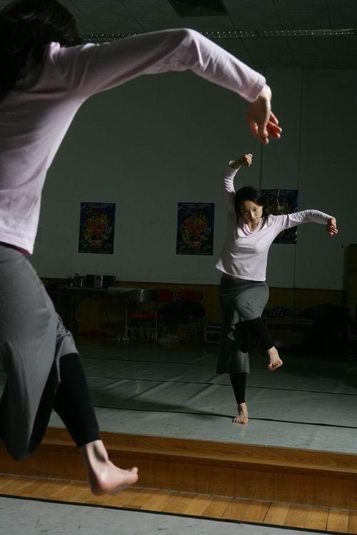 图:现代舞《惊梦—牡丹亭新记》剧照—14