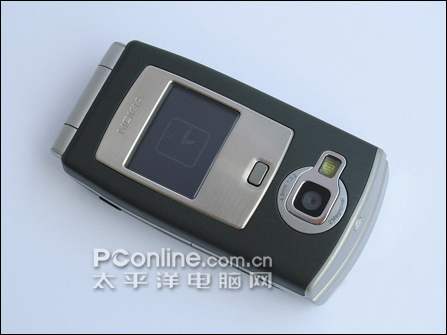 诺基亚手机N71正面