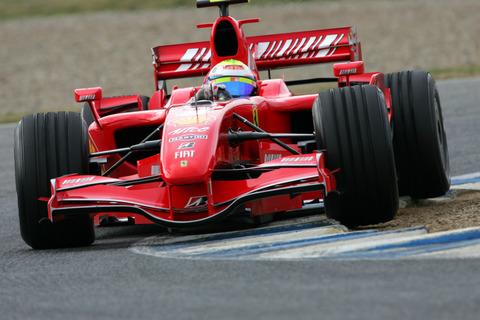 图文:西班牙赫雷斯赛道第二日 火红法拉利赛车
