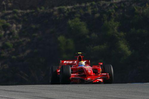 赫雷斯试车第二日 库比卡打破法拉利迈凯轮垄断