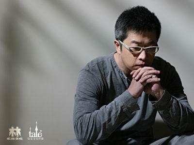 """架不住诱惑献唱又献""""身""""小柯变话剧男主演"""