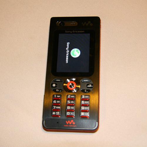 索爱Walkman家族里程碑式的产品W880真机图赏
