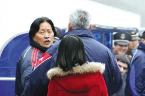 避免国奥斗殴事件再上演 朱广沪:我们打不还手