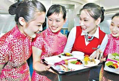 上航两岸春节包机礼品餐食提前曝光(组图)