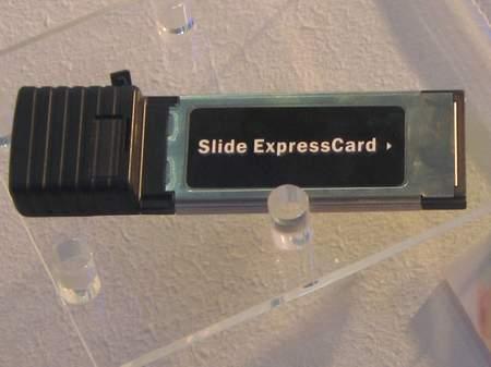 图为此次中兴展示的一大亮点是其HSPA数据卡(图片来源:搜狐IT)