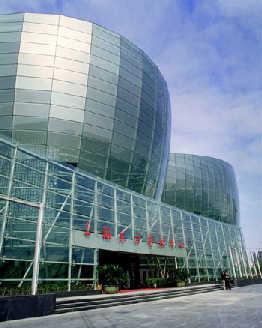 上海东艺等豪华大剧院:建得起用不起(组图)