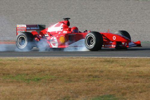 罗西再度否认将转投F1 为曾驾驶法拉利感觉荣幸