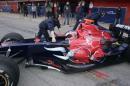 图文:F1西班牙试车结束 里尤兹准备出发