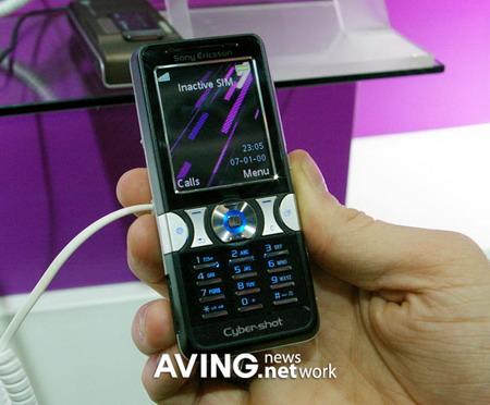 3GSM新品手机图赏:索爱K550(组图)
